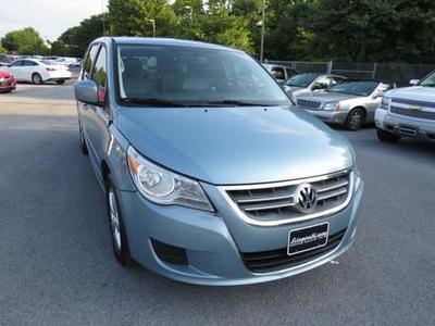 Used 2010 Volkswagen Routan SE