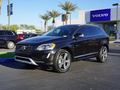 New 2017 Volvo XC60 T6 Dynamic