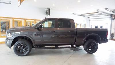 New 2017 RAM 3500 Laramie