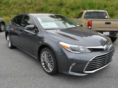 New 2018 Toyota Avalon Limited