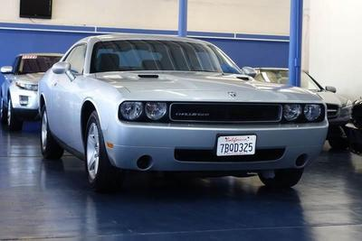 Used 2010 Dodge Challenger SE