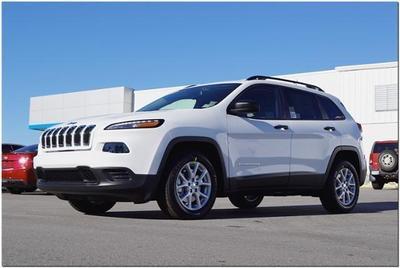 New 2017 Jeep Cherokee Sport