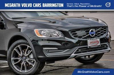 New 2017 Volvo V60 Cross Country