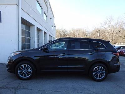 Certified 2017 Hyundai Santa Fe SE