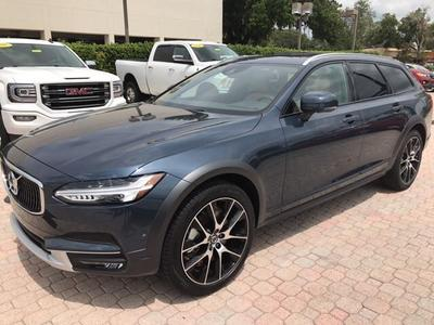 New 2018 Volvo V90 Cross Country T6