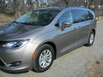 Used 2017 Chrysler Pacifica Touring-L