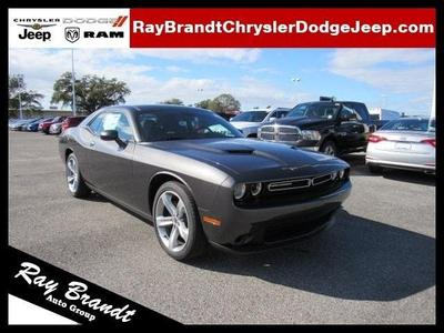 New 2017 Dodge Challenger SXT