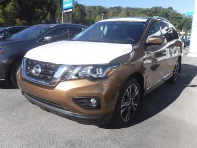 New 2017 Nissan Pathfinder Platinum