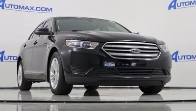 New 2016 Ford Taurus SE