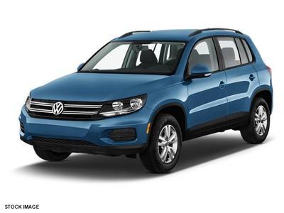 New 2017 Volkswagen Tiguan S