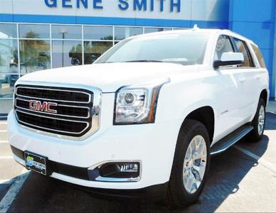 New 2017 GMC Yukon SLT