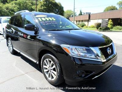 Used 2013 Nissan Pathfinder SV