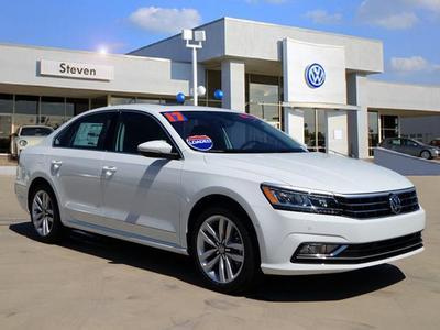 New 2017 Volkswagen Passat 1.8T SEL Premium