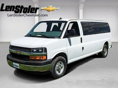 New 2017 Chevrolet Express 3500 LT