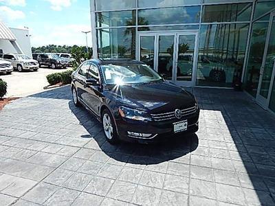 New 2015 Volkswagen Passat 1.8T Limited Edition