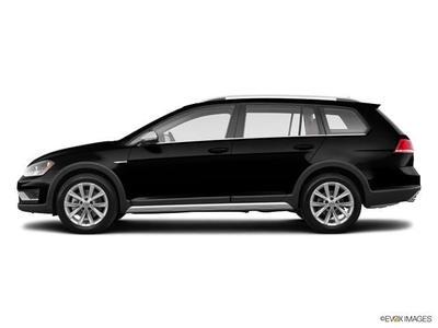 New 2017 Volkswagen Golf Alltrack TSI S