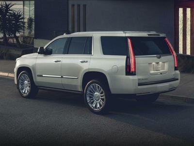 New 2017 Cadillac Escalade Platinum