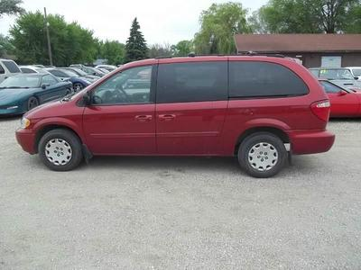 Used 2004 Chrysler Town & Country LX Family