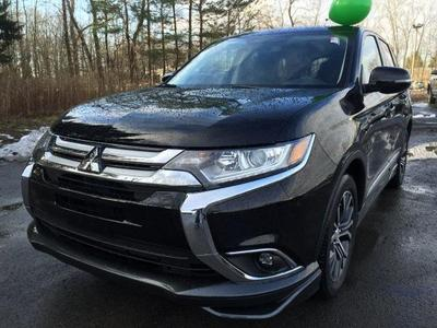 New 2016 Mitsubishi Outlander SE