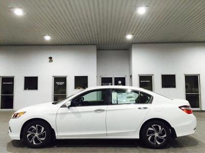 New 2017 Honda Accord LX