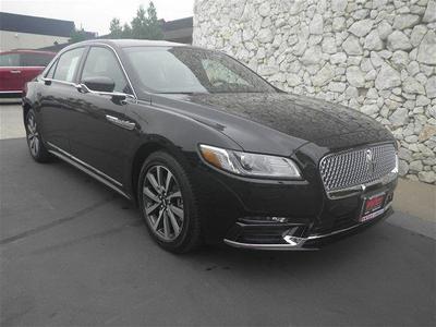 New 2017 Lincoln Continental Premier