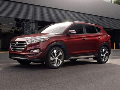 New 2017 Hyundai Tucson SE Plus