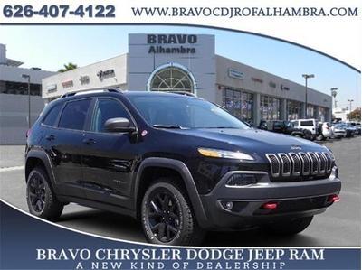 New 2017 Jeep Cherokee Trailhawk