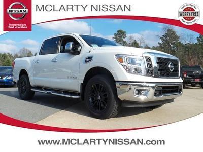 New 2017 Nissan Titan SL
