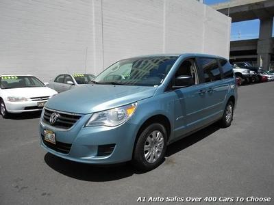 Used 2010 Volkswagen Routan S