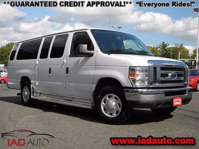 2014 Ford E350 Super Duty XL