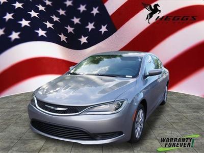 New 2016 Chrysler 200 LX