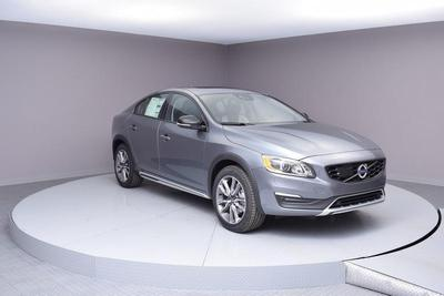 New 2018 Volvo S60 Cross Country T5