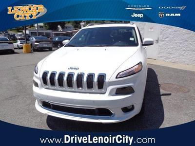 New 2017 Jeep Cherokee Overland
