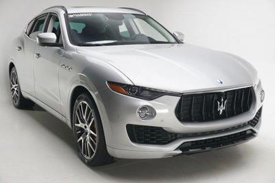 New 2017 Maserati Levante S