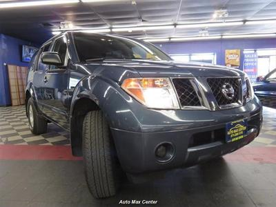 Used 2005 Nissan Pathfinder XE