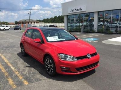 New 2016 Volkswagen Golf TSI SE 4-Door