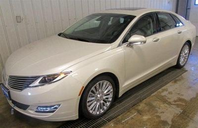 New 2016 Lincoln MKZ Base