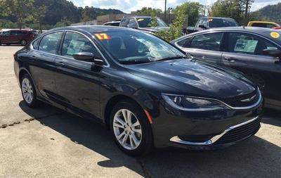 New 2017 Chrysler 200 Limited