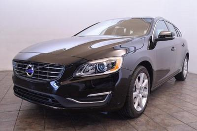 New 2017 Volvo V60 T5 Platinum