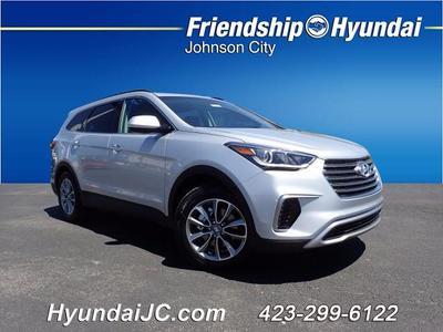 New 2017 Hyundai Santa Fe SE