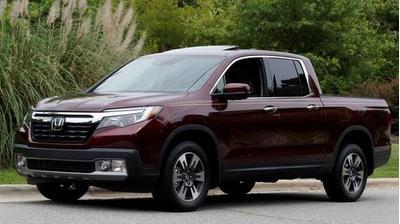 New 2017 Honda Ridgeline RTL-E
