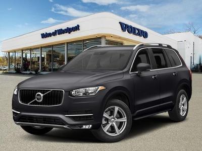 New 2018 Volvo XC90 T6 Momentum