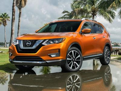 New 2017 Nissan Rogue SV