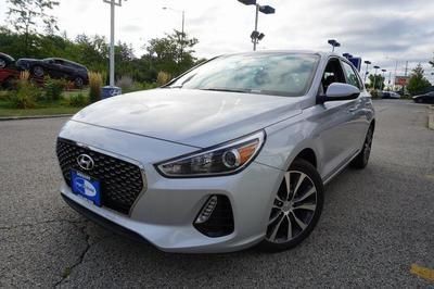 New 2018 Hyundai Elantra GT Base