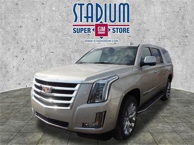 New 2017 Cadillac Escalade ESV Luxury