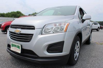 New 2016 Chevrolet Trax LS FWD