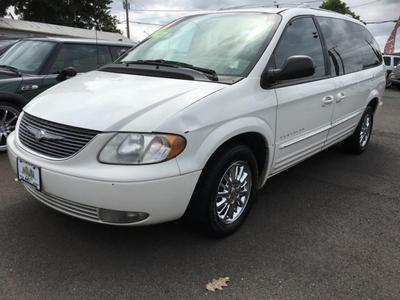 Used 2001 Chrysler Town & Country Limited