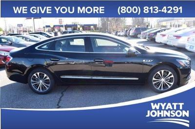 New 2017 Buick LaCrosse Essence