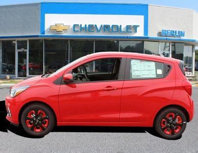 New 2017 Chevrolet Spark FWD 5-Door 1LT