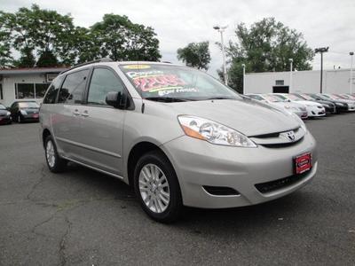 Used 2009 Toyota Sienna LE